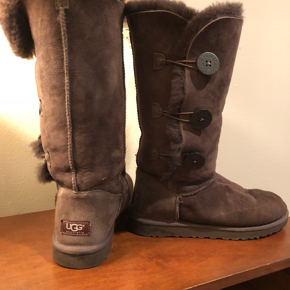 e617d6be2c1 UGG brown button boot with fur. Like new. Size 8